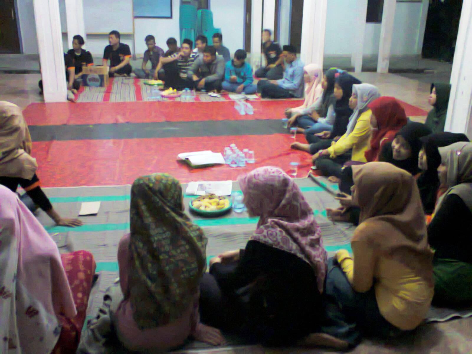 suasana halal bihalal dan launching KIM Deru maju